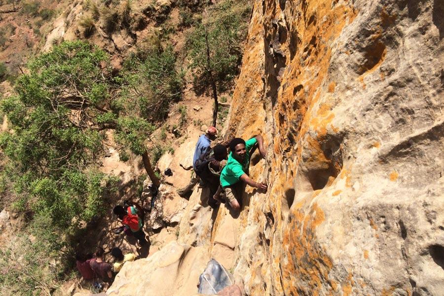 ROCK CLIMBING IN GUERALTA ETHIOPIA